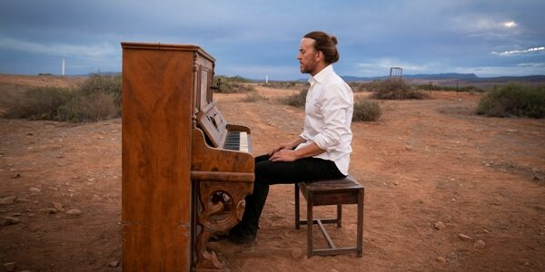 Upright - Tim Minchin